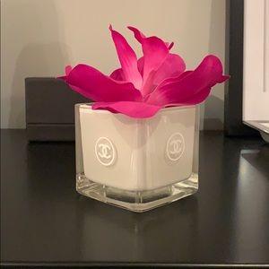 """Bouclair 3"""" Flower Glass Vase"""
